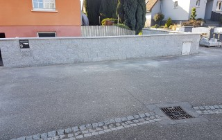 Mauersteine Granit, Stoß und Lagerfugen, gesägt, espalten